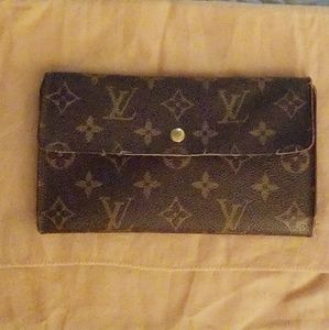 💯% Authentic Louis Vuitton Porte Tresor Wallet ❤❤